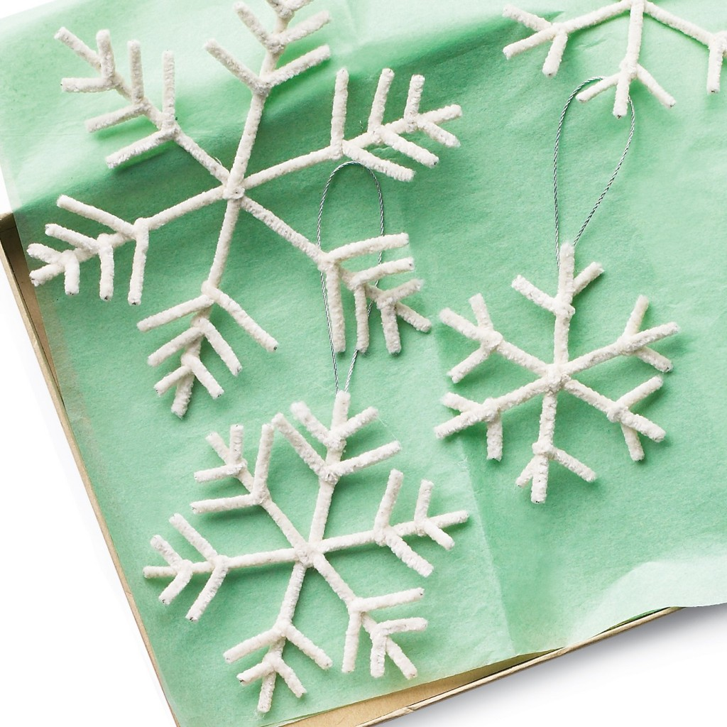 pipecleaner snowflake